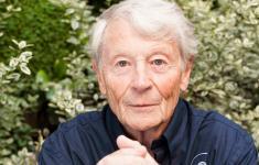 Dr Jean FLOUR